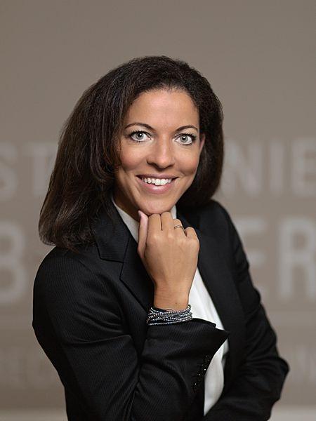 Rechtsanwältin Dr Stephanie BONNER Portrait
